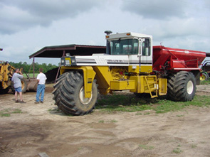 Example of manure spreader