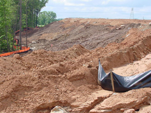 Photo showing bare soil at construction site.
