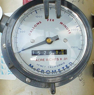 Figure 3. Image of a water meter counter showing the ending irrigation volume used in the example and the dial used for instan-taneous flow.</strong> <em>Photo courtesy of GSWCC.</em>