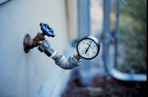 Figure 10. Pressure gauge on outside faucet.