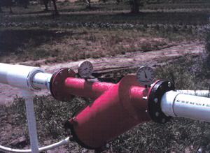 Figure 17. Simple screen filter installation.