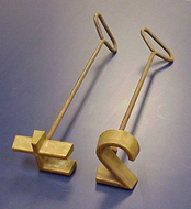 Use copper or copper-alloy branding irons for freeze branding.
