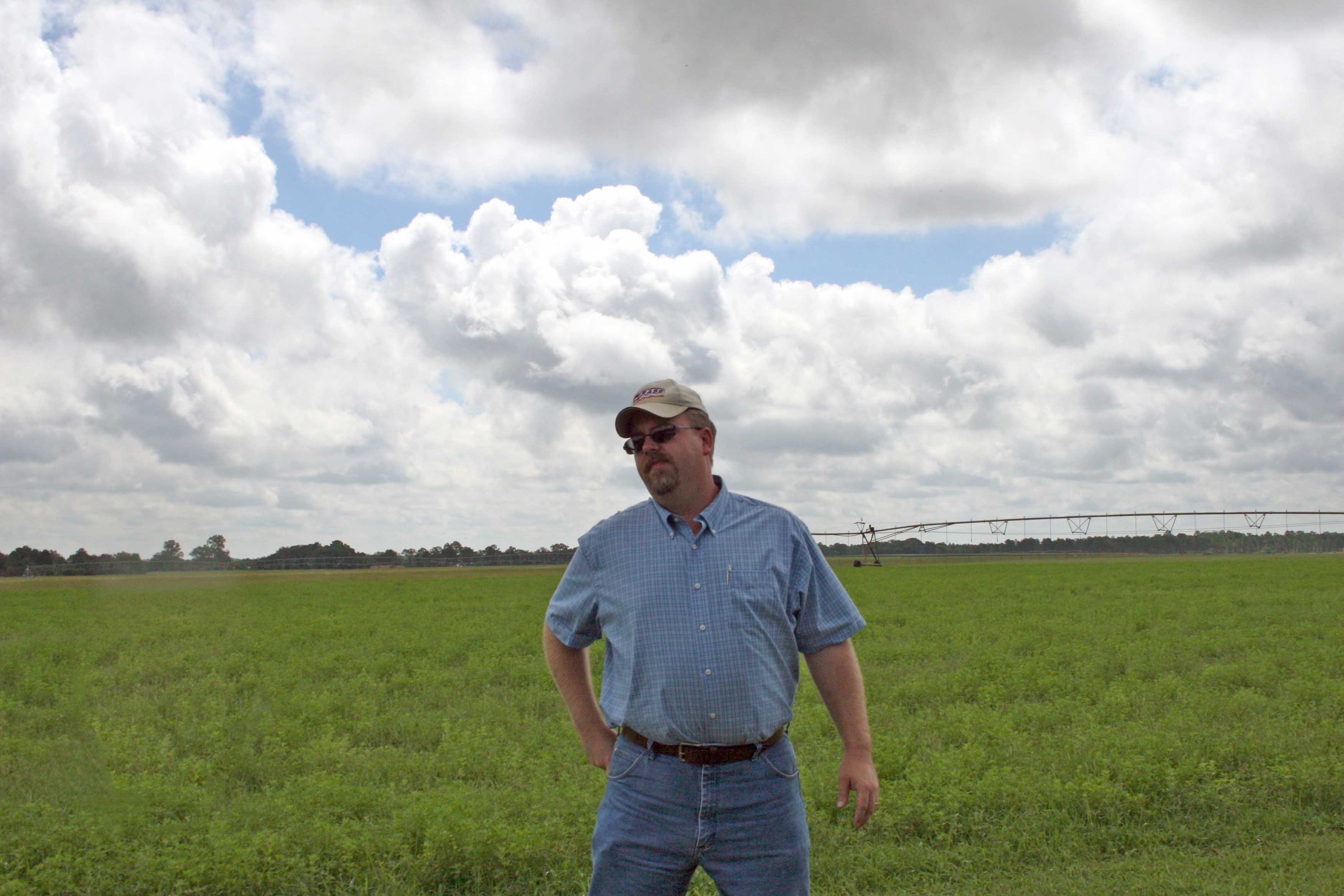 UGA Forage Extension Specialist Dennis Hancock talks about interplanting alfalfa in a bermudagrass pasture at the 2012 Sunbelt Ag Expo Field Day.