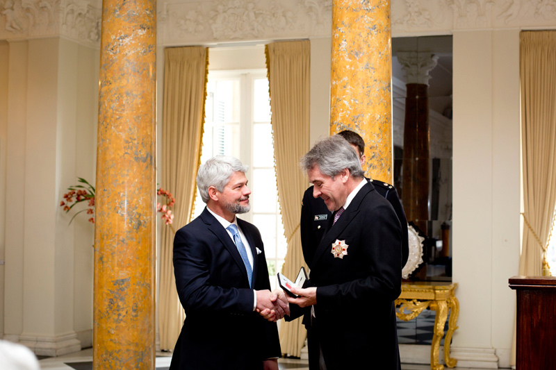 British Ambassador to the United States Sir Peter Westmacott, right, inducts UGA professor of entomology Keith Delaplane into the Most Excellent Order of the British Empire on behalf of Her Majesty Queen Elizabeth II on Feb. 11 at the British Embassy in Washington, D.C.
