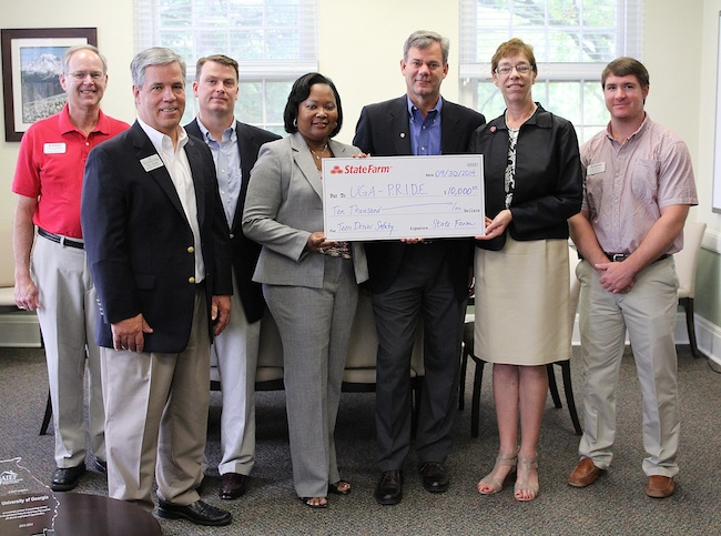 State Farm donates funds to University of Extension's teen driving training program - P.R.I.D.E.