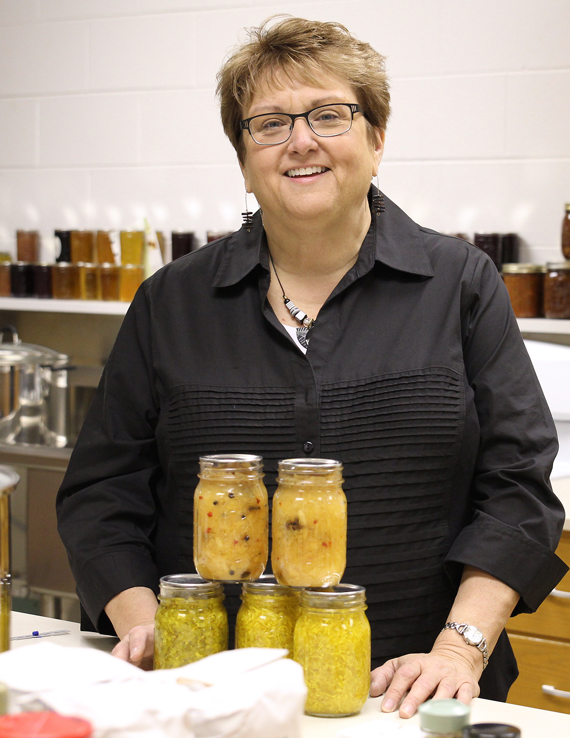 Elizabeth Andress, director of the National Center for Home Food Preservation housed in the University of Georgia College of Family and Consumer Sciences, trains UGA Cooperative Extension agents and others on the proper, safe way to can fruits, vegetables and other foods.