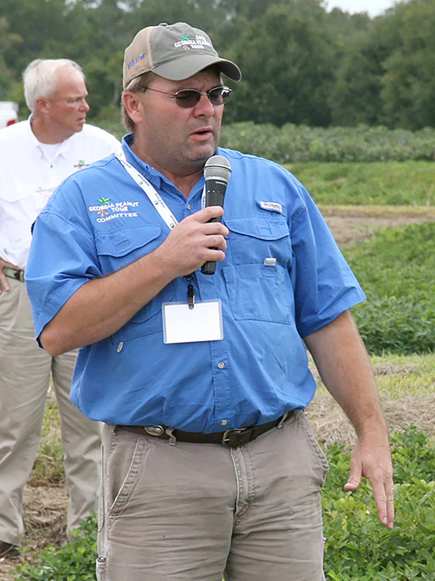 Scott Monfort, UGA Cooperative Extension agronomist, speaks during the Georgia Peanut Tour last year.