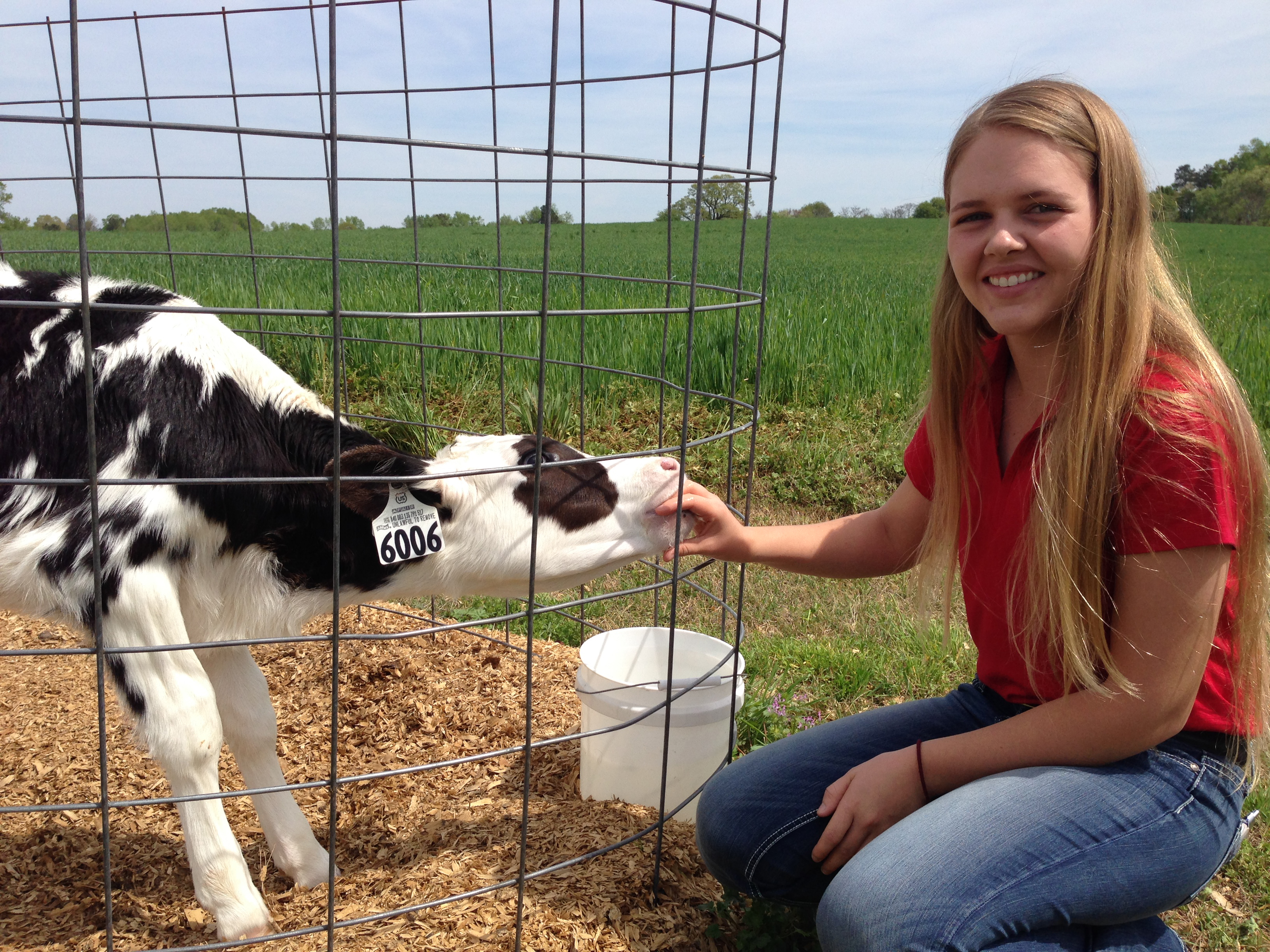 Kayla Alward, a Guyton Native majoring in animal and dairy science at the University of Georgia, has won the Student Employee of the Year Award from the Southern Association of Student Employment Administrators. Alward, who won the award for dedication to the calves at the UGA Teaching Dairy, is the first UGA student to win the award.