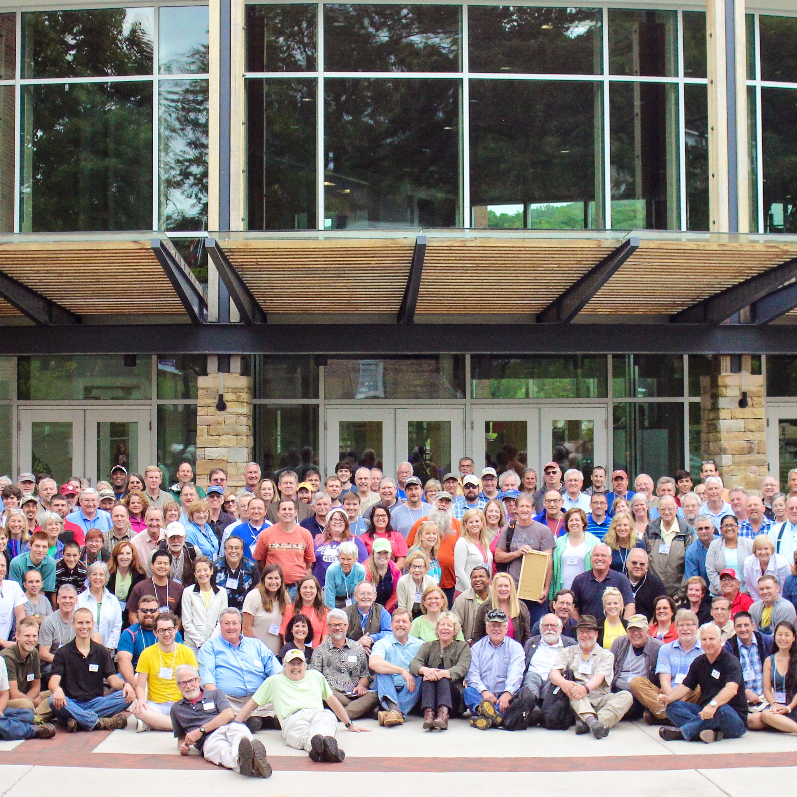 More than 250 beekeepers converged on Young Harris Georgia in May for the 25th annual Young Harris-UGA Beekeeping Institute