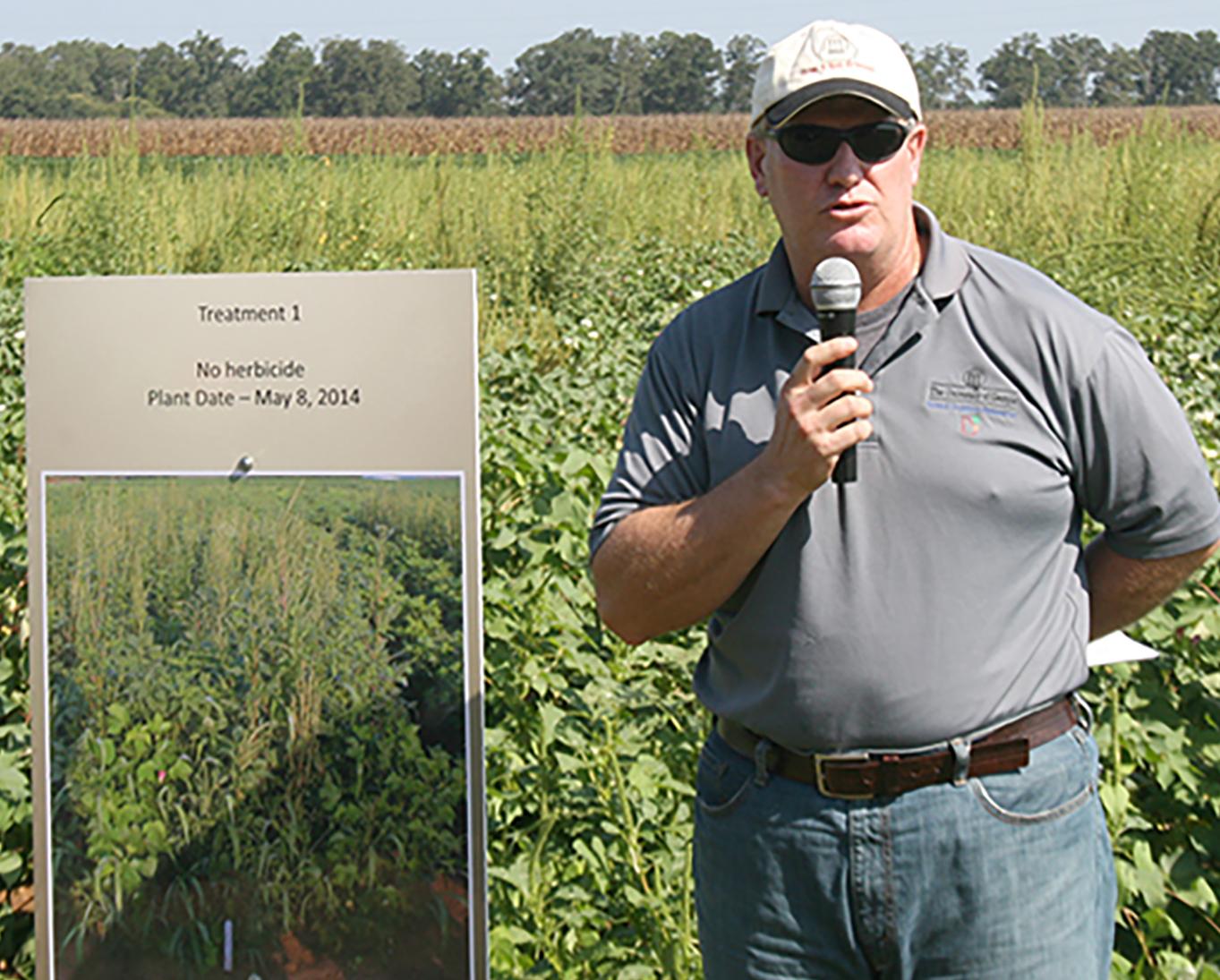 Tim Grey, UGA weed scientist, speaks during the Plains field day held in 2014.