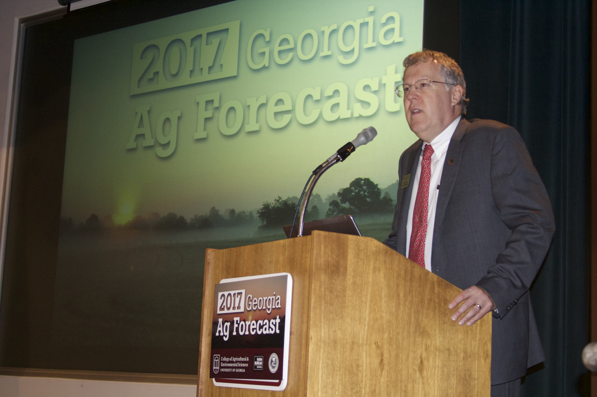 Sam Pardue welcomes guests at the Georgia Ag Forecast in Macon, Georgia, on Wednesday, Jan. 18. Pardue is dean and director of the University of Georgia College of Agricultural and Environmental Sciences.