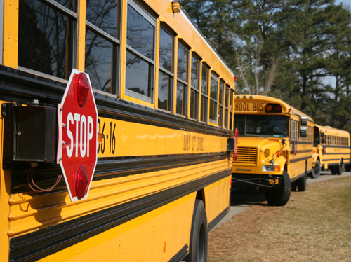 Lines of school buses idling outside schools creates harmful air pollution and wastes fuel. To protect students' lung, and save engine parts, bus, and parents' vehicles, should not idle while waiting for students to exit school buildings, University of Georgia experts say.