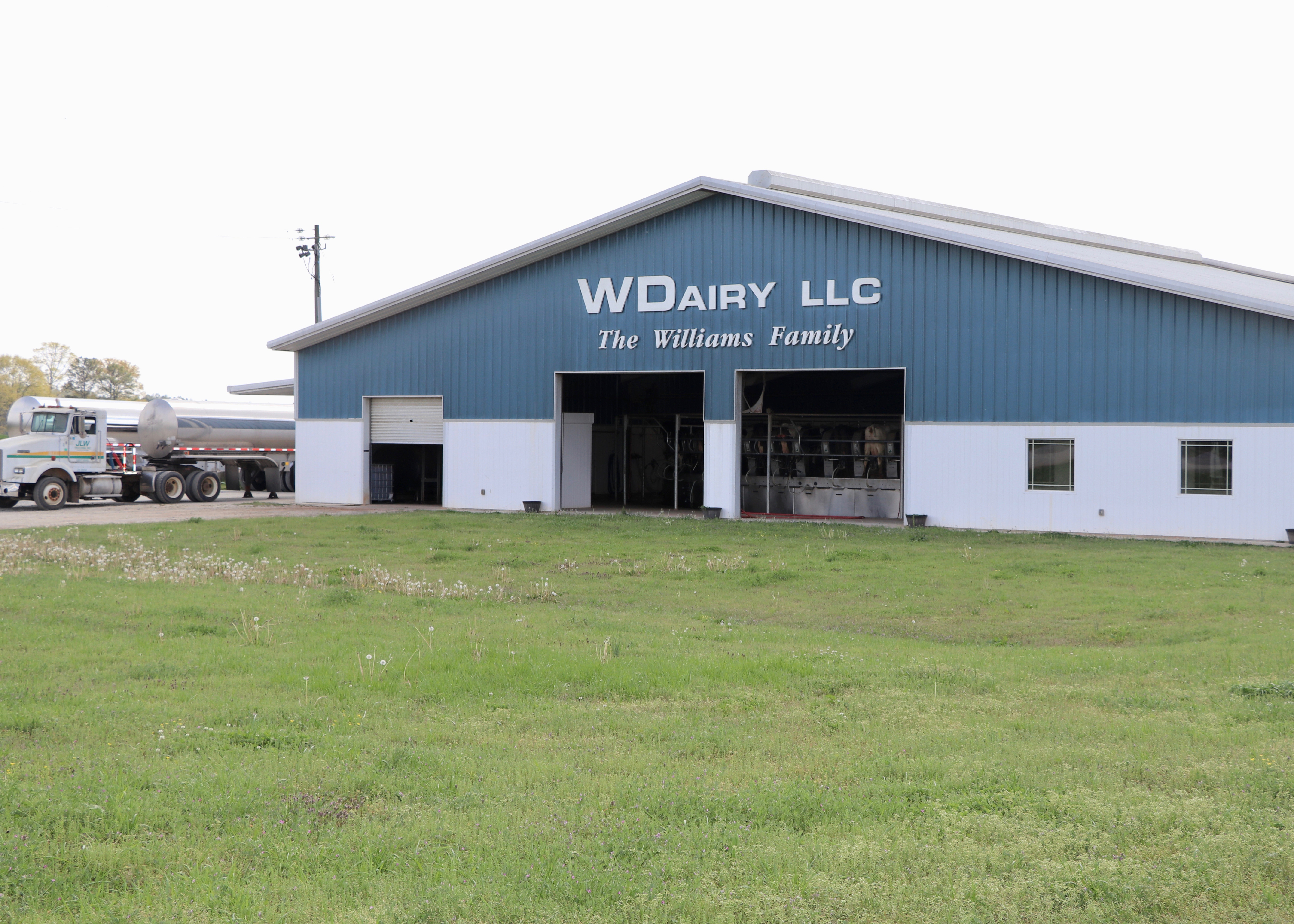 Everett Williams's dairy farm in Morgan County, WDairy, has been in operation since 1958 when his father transitioned from cotton farming to dairying. Today, a third generation is working on the farm.