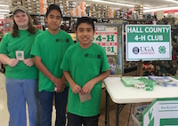 Held in partnership with National 4-H Council, the Tractor Supply Paper Clover fundraiser collectively raised $1,999,661 in 2018. In Georgia, 4-H members encourage residents in their counties to participate. Last year, these Hall County 4-H members set up an exhibit in their local Tractor Supply.