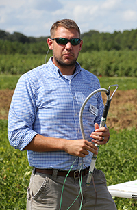 UGA's Wes Porter speaks about irrigation during a farm tour in 2018.