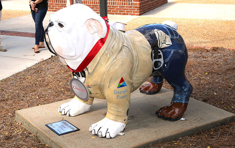 Kilowatt, the newest bulldog statue, is stationed behind the UGA Tifton Campus Conference Center thanks to Georgia Power.