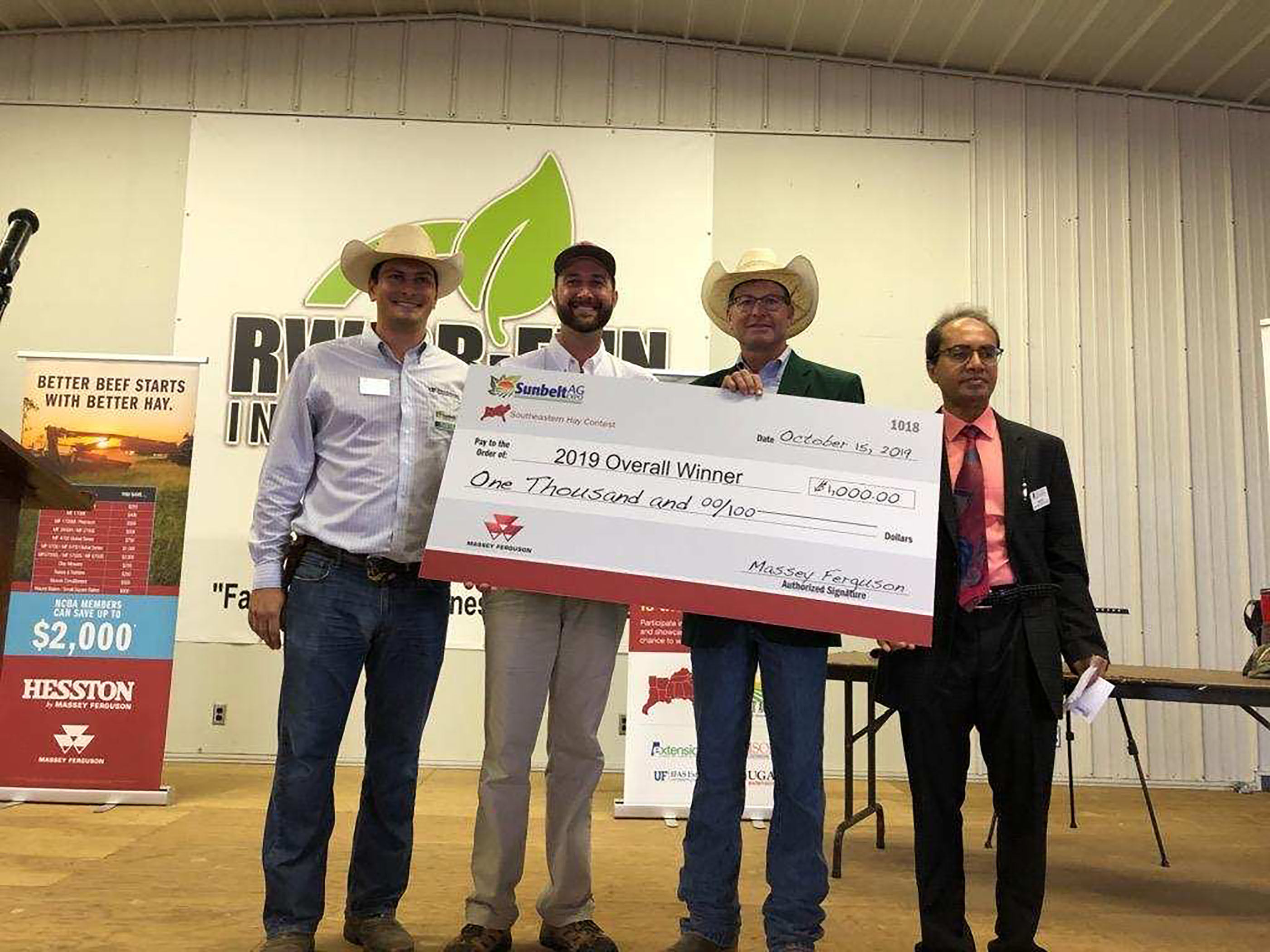The Southeastern Hay Contest winners were announced on Oct. 15 at the Sunbelt Ag Expo in Moultrie, Georgia. The overall winner was Yon Family Farms from Ridge Spring, South Carolina.
