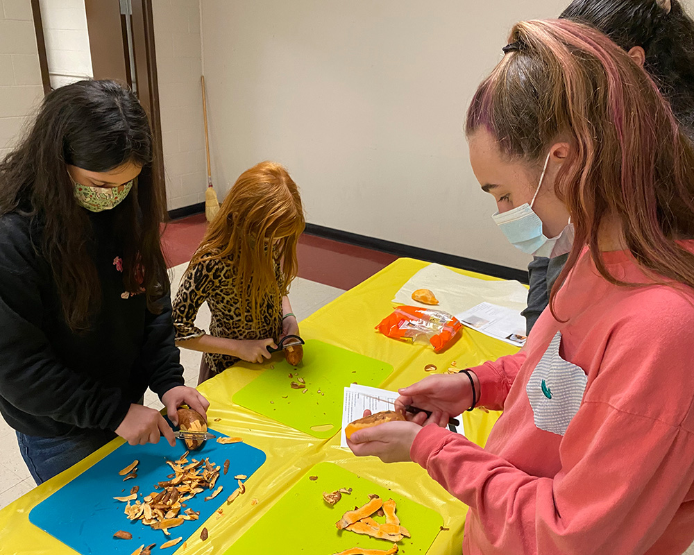 Oglethorpe County 4-H'ers adapt to COVID-19 guidelines and learning cooking skills by baking treats for rescued animals.