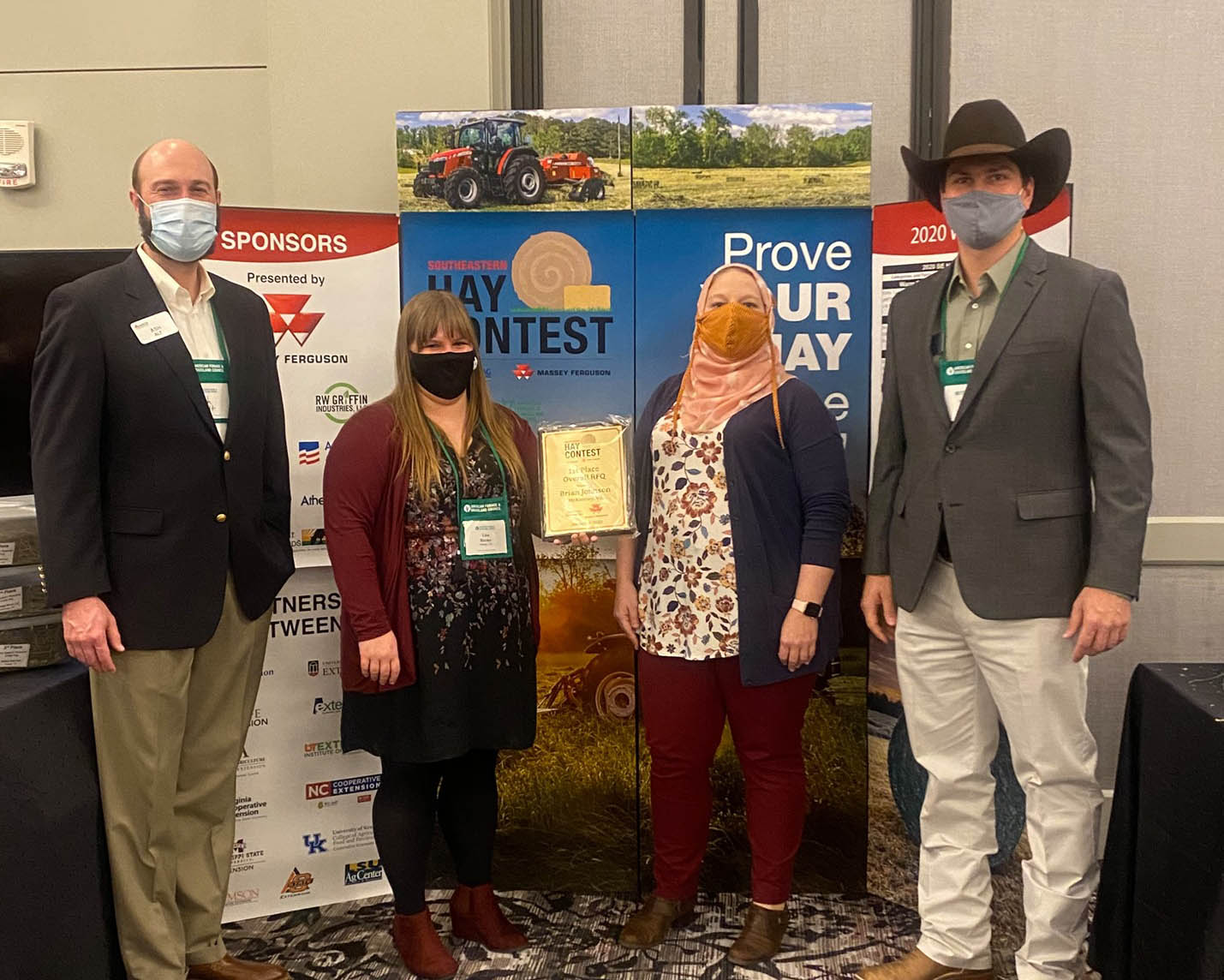 Despite the challenges of the pandemic, 370 entries were submitted in the 2020 Southeastern Hay Contest (SEHC), just below the record-setting number of submissions for 2019. More states submitted samples to the contest than ever before, with nine represented.