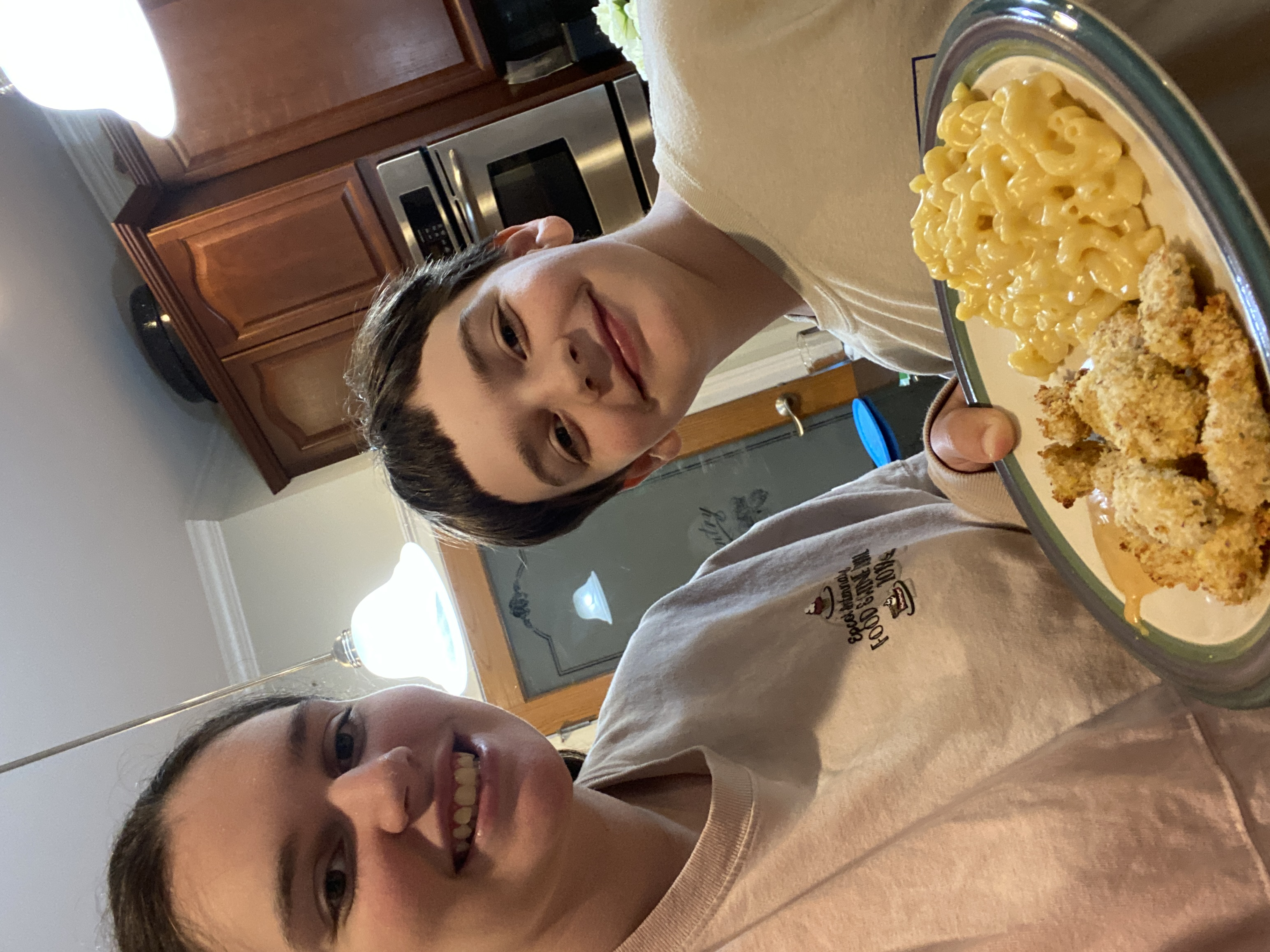 The Extension agents plan recipes according to the season and incorporate healthy, kid-friendly favorites. Among the recipes they have introduced are oven-baked chicken nuggets and stovetop broccoli macaroni and cheese.