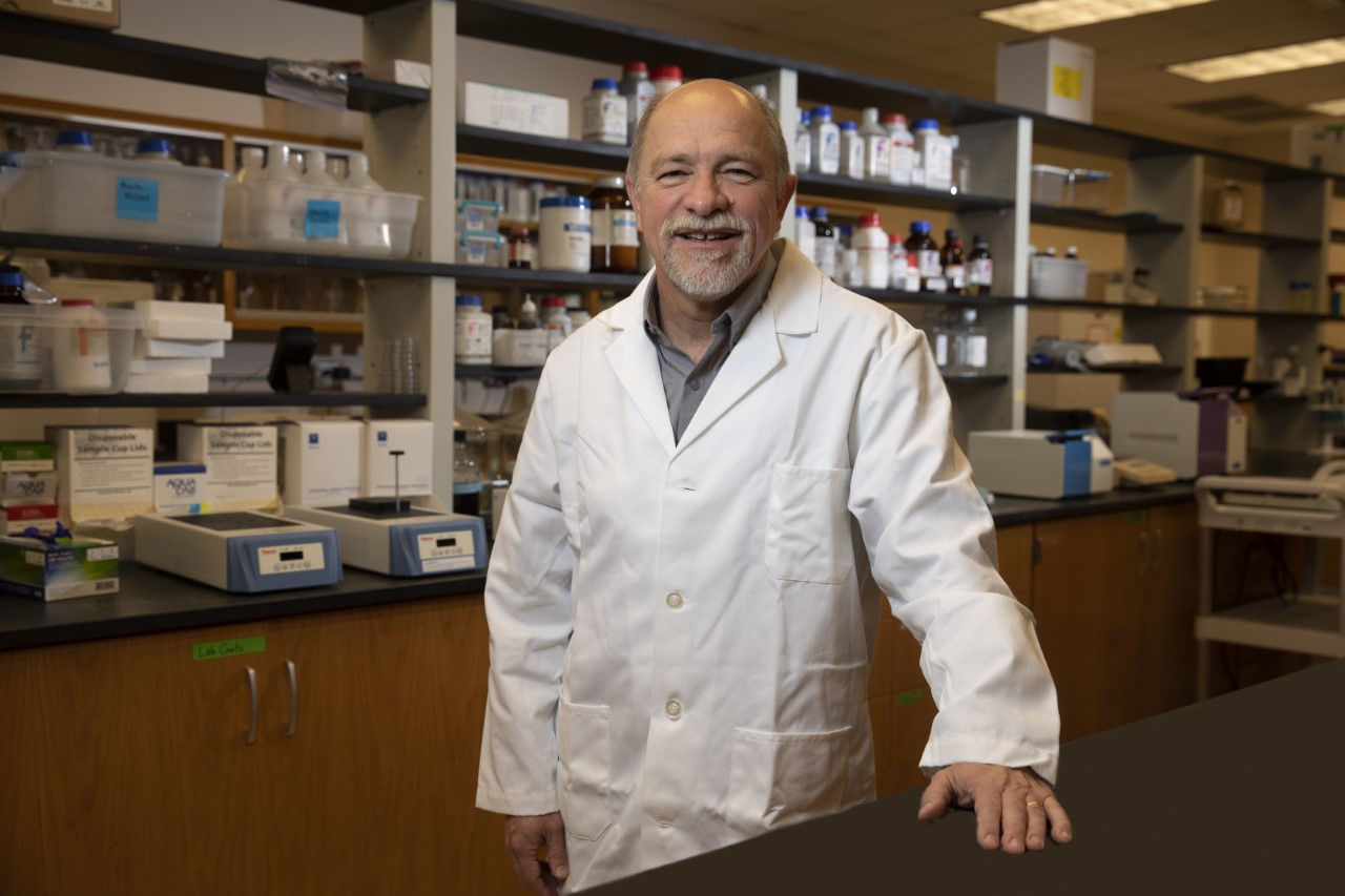 Professor Francisco Diez-Gonzalez oversees the UGA Center for Food Safety, which conducts important research to help safeguard the food supply against foodborne microorganisms and their toxins.