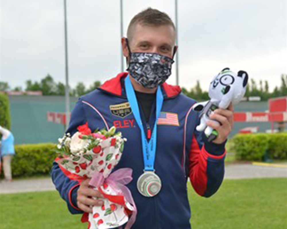 Former Georgia 4-H'er Vincent Hancock won a silver medal in men's skeet at the International Shooting Sport Federation (ISSF) World Cup in Italy