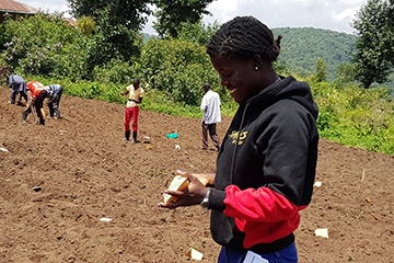 Tabitha Lomotey studies peanut resilience to certain fungal diseases, but she also discovered that some varieties grow well in the middle altitudes of Uganda, giving farmers a potential new crop.
