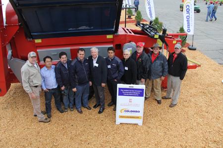 Sunbelt Expo 2011 peanut combine