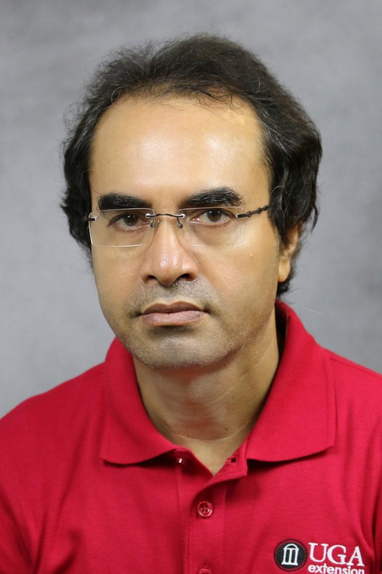 Portrait of Uttam K. Saha