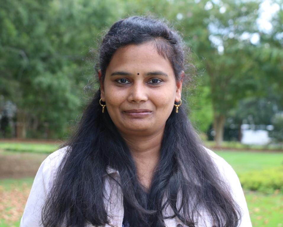 Portrait of Revathi Shanmugasundaram